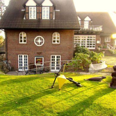 Haus Lüttenblick Front